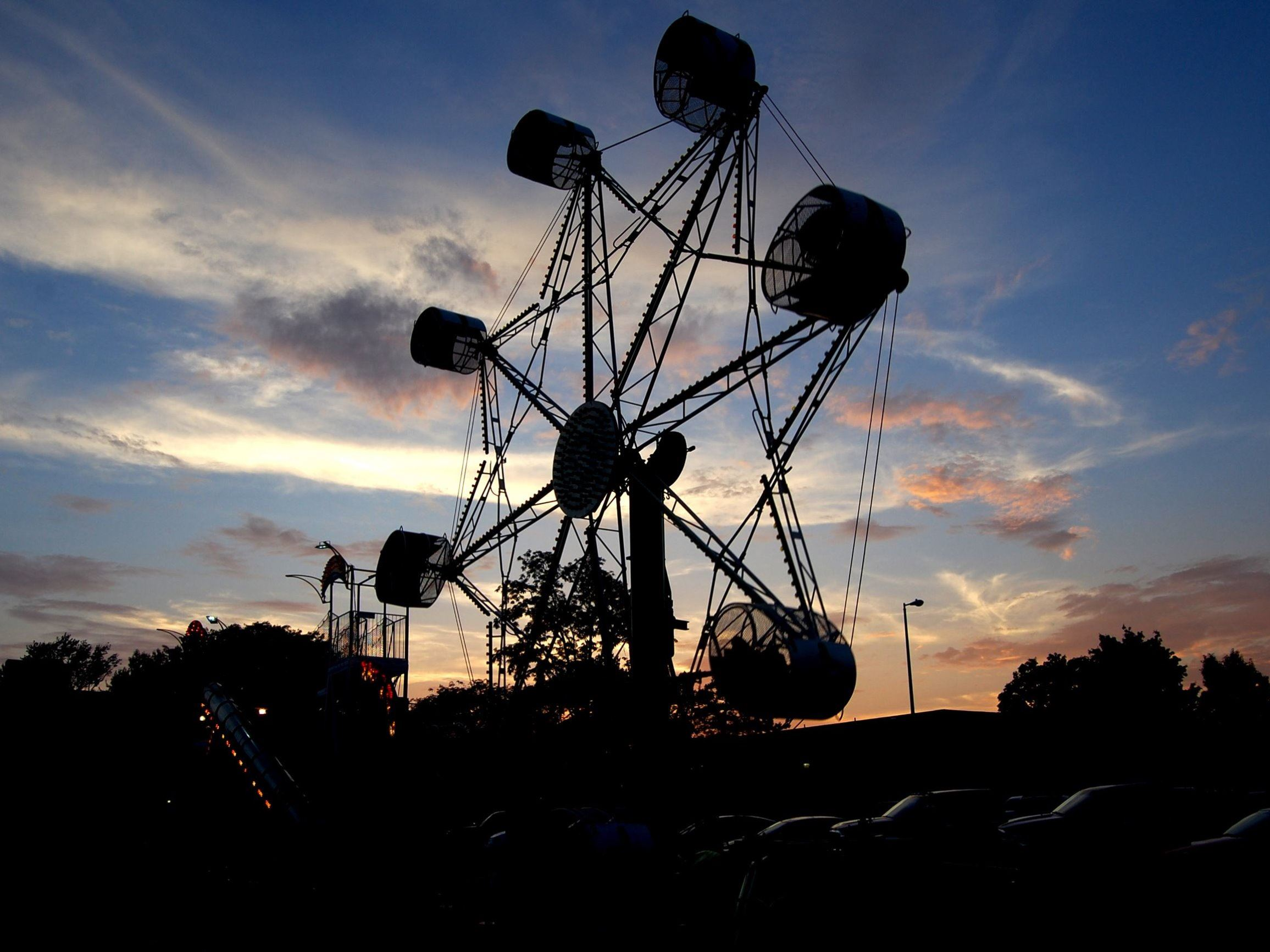 Ferris Wheel at Grindstone Festival during Sunset